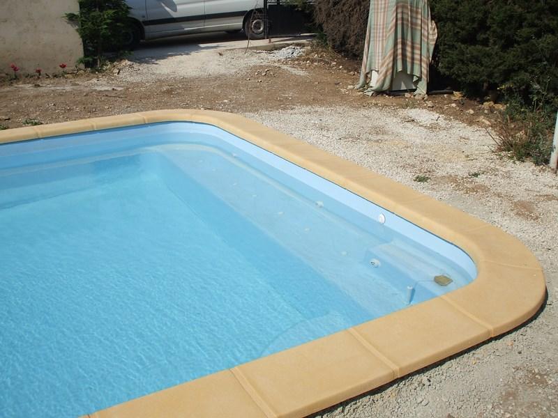 Achat de hammam pas cher port de bouc les eaux bleues for Achat piscine coque