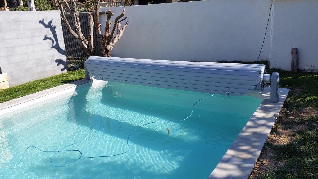 Devis installation de piscine coque polyester fond plat for Devis piscine coque